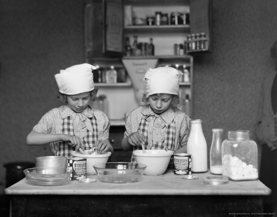 Christmas Cooking, England, 1932