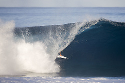 December 18, 2017 - Oahu, Hawaii, U.S. - Ian Gouveia of Brazil advances to the Quarterfinals of the 2017 Billabong Pipe Masters after winning Heat 1 of Round Four at Pipe, Hawaii, USA...Billabong Pipe Masters 2017, Hawaii, USA - 18 Dec 2017 (Credit Image: © WSL via ZUMA Wire/ZUMAPRESS.com)