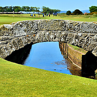 Swilcan Bridge at Old Course at St Andrews, Scotland<br />