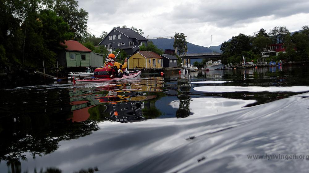 Kayaking in Florø, Sogn og Fjordane