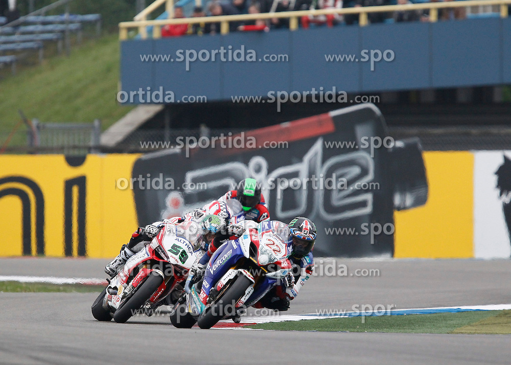 27.04.2014, TT Assen Circuit, Assen, NED, FIM, Superbike World Championship, Assen, Warm Up, Rennen, im Bild 22 Alexander Lowes vor 58 Eugene Laverty // during the Warm up and Race of Round 3 - Assen FIM Superbike World Championship at the TT Assen Circuit in Assen, Netherlands on 2014/04/27. EXPA Pictures &copy; 2014, PhotoCredit: EXPA/ Eibner-Pressefoto/ Stiefel<br /> <br /> *****ATTENTION - OUT of GER*****