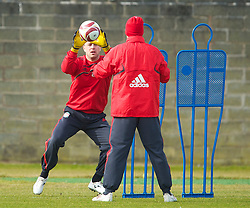 LIVERPOOL, ENGLAND - Wednesday, March 17, 2010: Liverpool's goalkeeper Pepe Reina training at Melwood Training Ground ahead of the UEFA Europa League Round of 16 2nd Leg match against LOSC Lille Metropole. (Photo by David Rawcliffe/Propaganda)