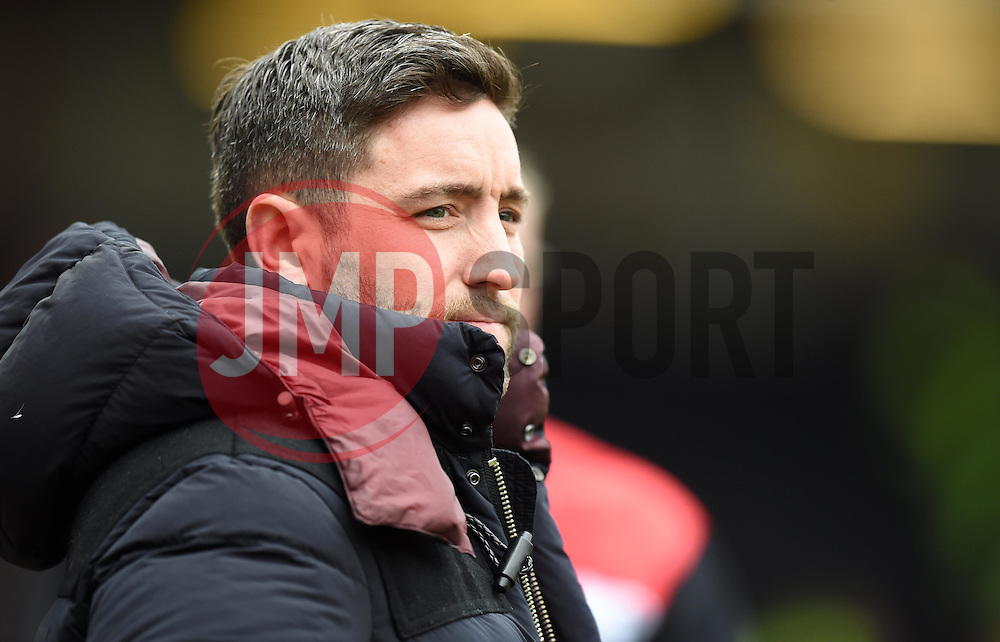 Lee Johnson head coach of Bristol City looks on after his team go one up against Bolton Wanderers - Mandatory by-line: Paul Knight/JMP - Mobile: 07966 386802 - 19/03/2016 -  FOOTBALL - Ashton Gate Stadium - Bristol, England -  Bristol City v Bolton Wanderers - Sky Bet Championship