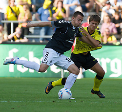 16.07.2011, Cashpoint-Arena, AUT, Testspiel, Borussia Dortmund vs KSP Polonia Warschau, im Bild Zweikampf zwischen Daniel Sikorski, (KSP Polonia Warschau, #10) und Lukasz Piszczek, (Borussia Dortmund, #26), during the test match in the Cashpoint Arena, EXPA Pictures © 2011, PhotoCredit: EXPA/ P.Rinderer