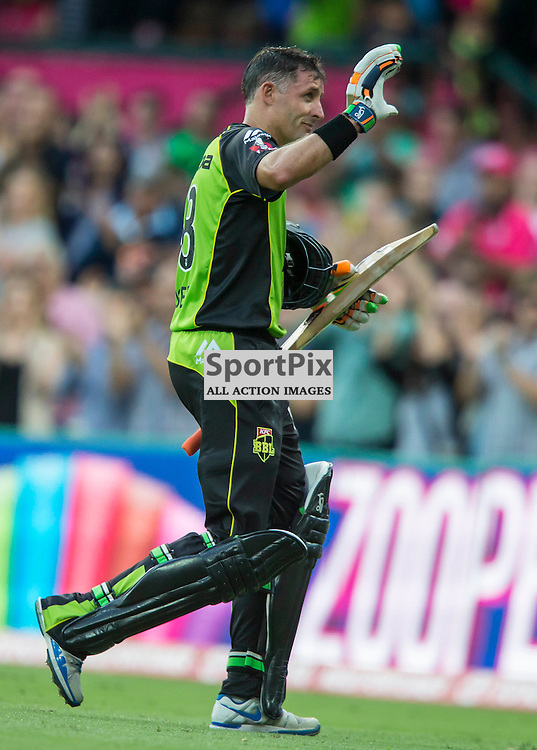 KFC Big Bash League T20 2015-16 , Sydney Sixers v Sydney Thunder, SCG; 16 January 2016<br /> Sydney Thunder Mike Hussey acknowledges the crowd as he walks off the SCG for last time
