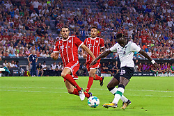 MUNICH, GERMANY - Tuesday, August 1, 2017: Liverpool's Sadio Mane scores the first goal during the Audi Cup 2017 match between FC Bayern Munich and Liverpool FC at the Allianz Arena. (Pic by David Rawcliffe/Propaganda)