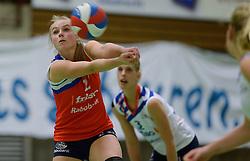 14-12-2013 VOLLEYBAL: SLIEDRECHT SPORT - VC SNEEK: SLIEDRECHT<br /> Sliedrecht Sport wint met 3-0 van Sneek / Janieke Popma<br /> &copy;2013-FotoHoogendoorn.nl