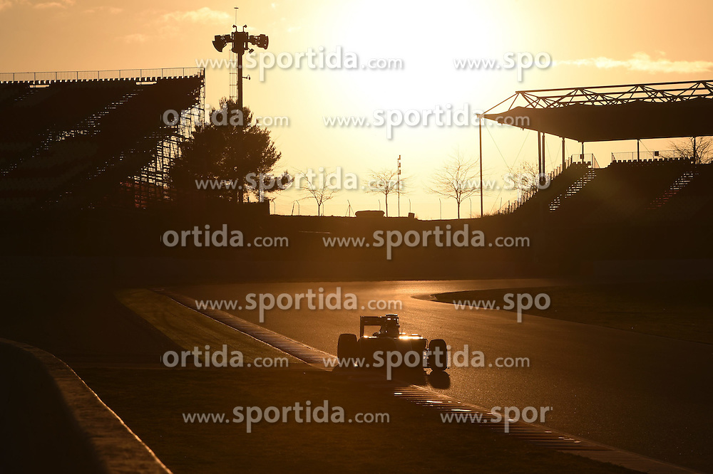 27.02.2015, Circuit de Catalunya, Barcelona, ESP, FIA, Formel 1, Testfahrten, Barcelona, Tag 2, im Bild Nico Hulkenberg (GER) Force India VJM08 // during the Formula One Testdrives, day two at the Circuit de Catalunya in Barcelona, Spain on 2015/02/27. EXPA Pictures &copy; 2015, PhotoCredit: EXPA/ Sutton Images/ Mark Images<br /> <br /> *****ATTENTION - for AUT, SLO, CRO, SRB, BIH, MAZ only*****