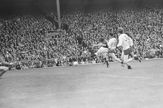 Galway kicks the ball towards the goal during the All Ireland Senior Gaelic Football Championship Final Dublin V Galway at Croke Park on the 22nd September 1974. Dublin 0-14 Galway 1-06.