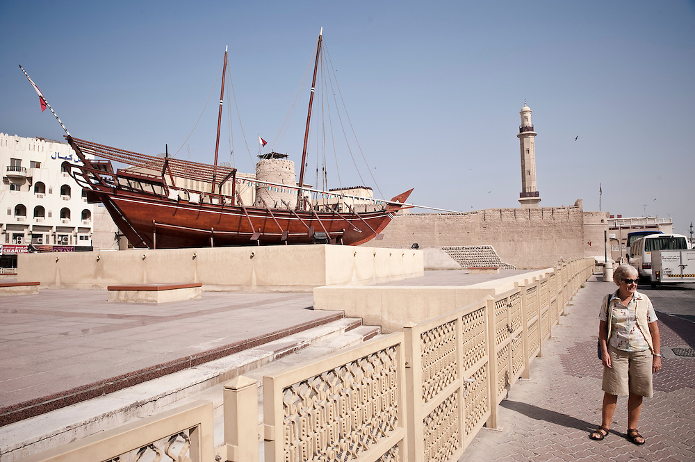A tourist outside the Dubai Museum near Bastakiya in Bur Dubai, UAE. Archive of images of Dubai by Dubai photographer Siddharth Siva