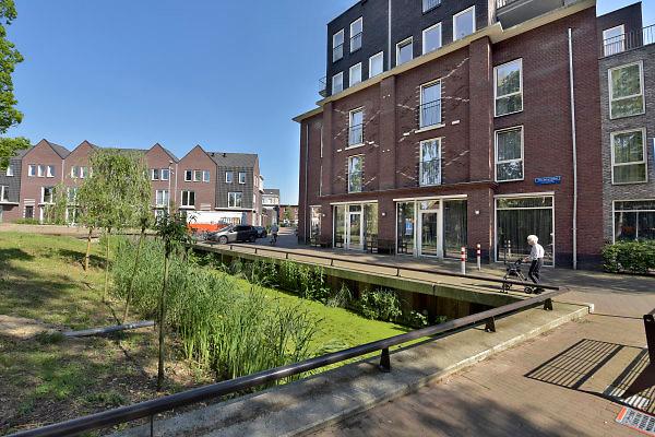 Nederland, Wageningen, 24-5-2018Aan de rand van de binnenstad, op een mooie locatie in Wageningen, staat de nieuwbouwwijk Torckdael. Een  nieuwe woonwijk met huurwoningen en appartementen en gezinswoningen in de vrije sector, huurwoningen in het centrum van de stad . Ook staat er zorgcentrum Torckdael .Foto: Flip Franssen