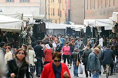 20121019 MERCATO DEL VENERDI PIAZZA TRENTO E TRIESTE