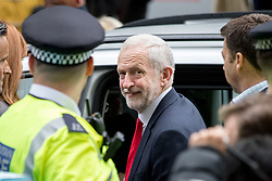 © Licensed to London News Pictures. 09/06/2017. London, UK. Leader of the Labour Party Jeremy Corbyn leaves Labour Party HQ this morning, following a general election yesterday. Parliament is hung, with no individual party gaining an overall majority. Photo credit : Tom Nicholson/LNP
