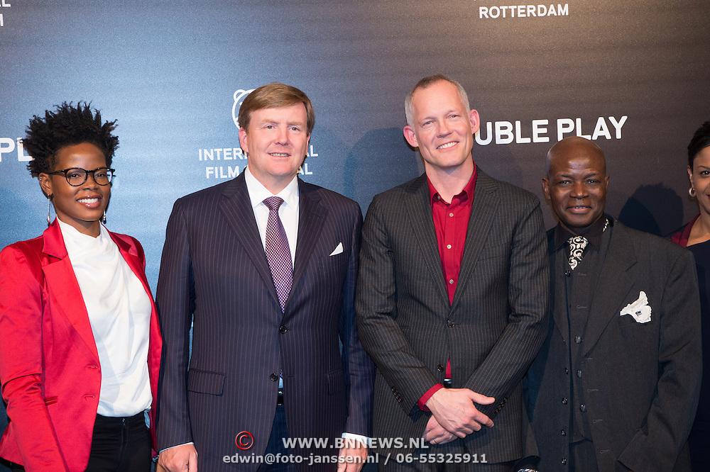 NLD/Rotterdam/20170127 - Koning Willem-Alexander bij premiere film Double Play tijdens IFFR (POOL), Shay Kreuger