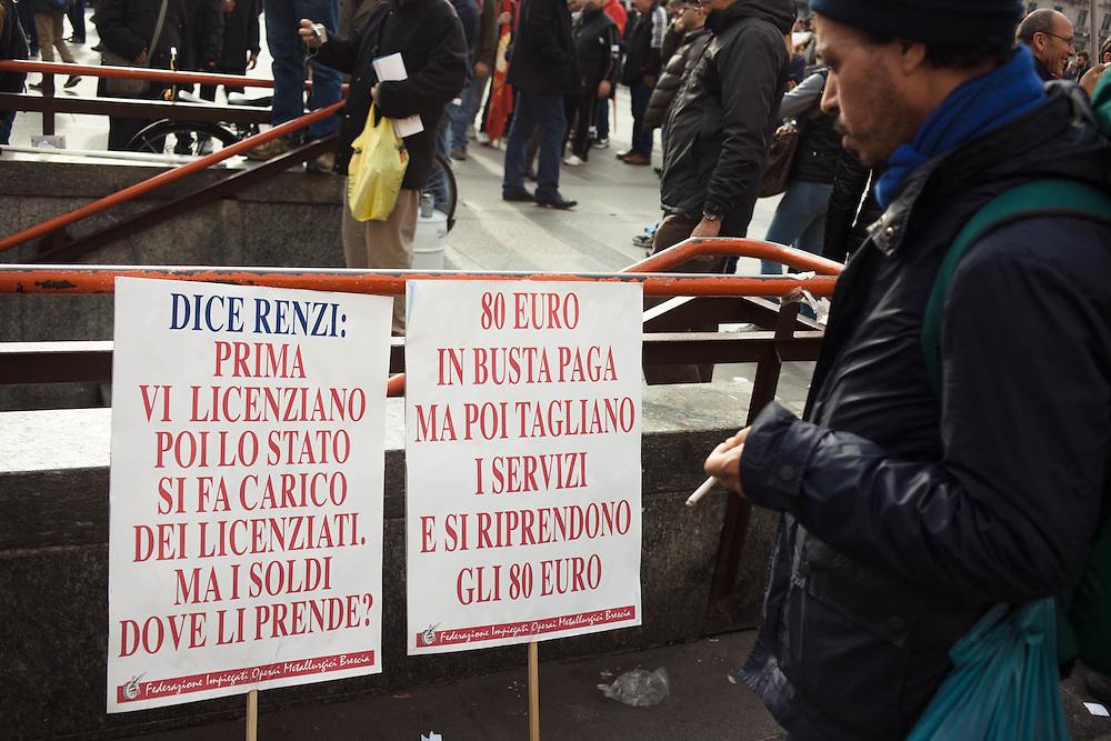Sciopero nazionale Fiom Cgil contro il Jobs Act del governo Renzi. Manifestazione di Milano.