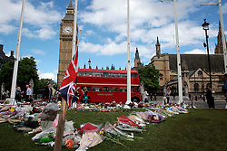 UK ENGLAND LONDON 20JUN16 - Parliamentarians and passers-by pay their respects to murdered MP Jo Cox outside St. Margret's Church near Parliament Square, Westminster, London.<br /> <br /> jre/Photo by Jiri Rezac<br /> <br /> &copy; Jiri Rezac 2016