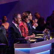 NLD/Hilversum/20120916 - 4de live uitzending AVRO Strictly Come Dancing 2012, juryleden Ruud Vermeij, Euvgenia Parakhina, Dario Gargiulo