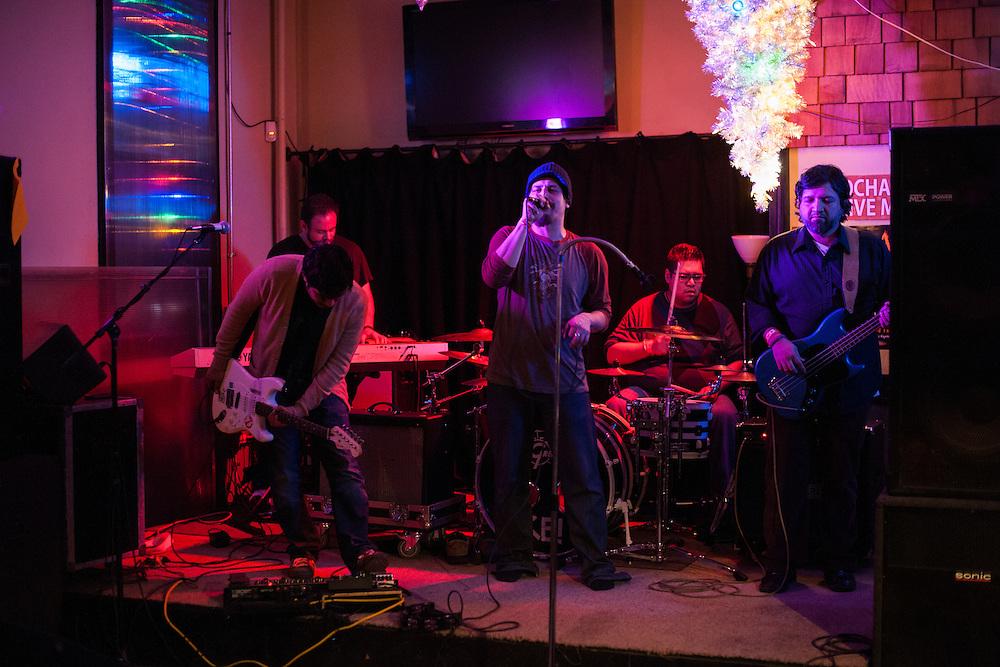Kelroy performing at Kochanski's.