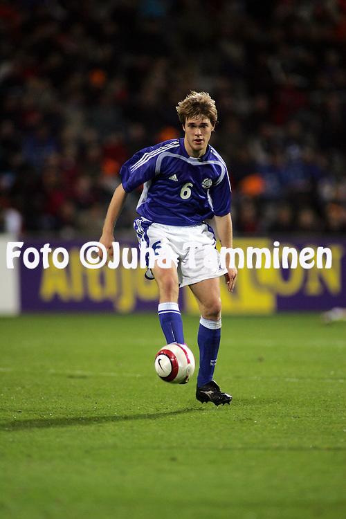 12.10.2004, Stadion De Vijverberg, Doetinchem, Holland..UEFA Under-21 European Championship qualifying match, Holland v Finland..Veli Lampi - Finland U-21.©Juha Tamminen.....ARK:k