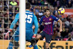 October 28, 2018 - Barcelona, Catalonia, Spain - Sergi Roberto during the spanish league match between FC Barcelona and Real Madrid at Camp Nou Stadium in Barcelona, Catalonia, Spain on October 28, 2018  (Credit Image: © Miquel Llop/NurPhoto via ZUMA Press)