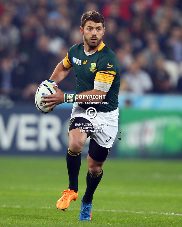 LONDON, ENGLAND - OCTOBER 30: Willie le Roux of South Africa during the Rugby World Cup 3rd Place Playoff match between South Africa and Argentina at Olympic Stadium on October 30, 2015 in London, England. (Photo by Steve Haag/Gallo Images)
