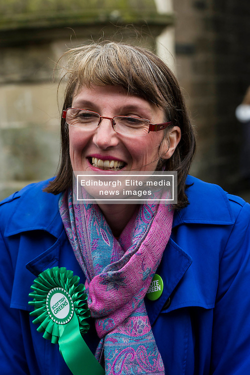 Pictured: Kirsten Robb, Greens candidate for Central Scotland<br /> <br /> As part of her visit to Scotland to support Greens candidates in the Scottish election, Green MP Caroline Lucas joined Scottish Greens colleagues Maggie Chapman, Greens co-convener, Mark Ruskell, candidate for Mid Scotland and Fife, Kirsten Robb, candidate for Central Scotland and John Wilson, candidate for Central Scotland, to meet anti-fracking campaigners in Falkirk <br /> <br /> Ger Harley | EEm 29 April 2016