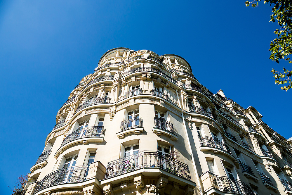 Sunny days in paris and the beautiful curvature on these buildings Photographing Paris has of course been done before, but I wanted to explore the neighborhoods within paris and take in the architecture subways running through the city.