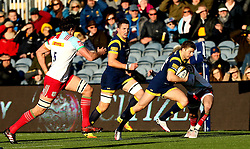 Auguy Slowik of Worcester Warriors runs with the ball - Mandatory by-line: Robbie Stephenson/JMP - 28/01/2017 - RUGBY - Sixways Stadium - Worcester, England - Worcester Warriors v Harlequins - Anglo Welsh Cup