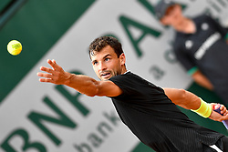 PARIS, June 2, 2017  Grigor Dimitrov of Bulgaria serves during the men's singles 3rd round match against Pablo Carreno Busta of Spain at the French Open Tennis Tournament 2017 in Paris, France on June 2, 2017. (Credit Image: © Chen Yichen/Xinhua via ZUMA Wire)