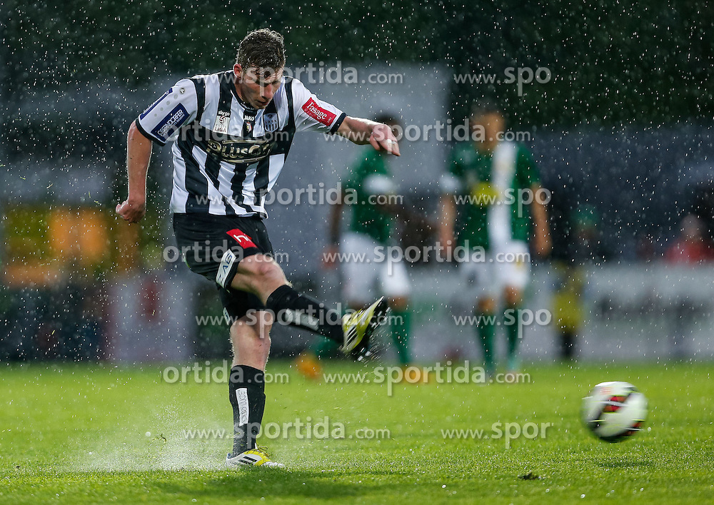 01.05.2015, Reichshofstadion, Lustenau, AUT, 2. FBL, SC Austria Lustenau vs LASK Linz 31. Runde, im Bild Florian Templ, (LASK Linz, #19)// during Austrian Second Bundesliga Football Match, 31th round, between SC Austria Lustenau vs LASK Linz at the Reichshofstadion, Lustenau, Austria on 2015/05/01. EXPA Pictures © 2015, PhotoCredit: EXPA/ Peter Rinderer