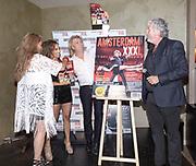 Koninklijk Theater Carre, Amsterdam. Lancering van de zevende editie van Amsterdam XXXl. Op de foto: Jimena Rico, Nathalie Hoop, Hans Klok en Mark Teurlings