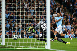 Sergio Aguero of Manchester City watches his shot saved by Andriy Pyatov of Shakhtar Donetsk - Mandatory by-line: Matt McNulty/JMP - 26/09/2017 - FOOTBALL - Etihad Stadium - Manchester, England - Manchester City v Shakhtar Donetsk - UEFA Champions League Group stage - Group F