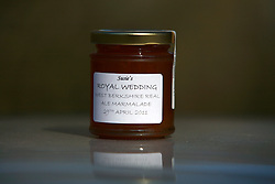 UK ENGLAND BERKSHIRE  23MAR11 - Royal Wedding marmalade jar on sale near Bucklebury, Berkshire, England...jre/Photo by Jiri Rezac..© Jiri Rezac 2011