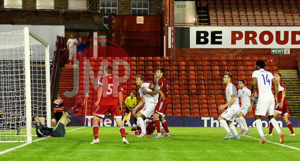 Ben Gibson of England scores the opening goal to make it 1-0 - Photo mandatory by-line: Matt McNulty/JMP - Mobile: 07966 386802 - 11/06/2015 - SPORT - Football - Barnsley - Oakwell Stadium - England U21 v Belarus U21 - International Friendly U21s