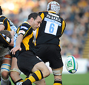 Wycombe, GREAT BRITAIN,  Mark ROBINSON, kicking the ball clear,  during the Heineken Cup [Pool 1]  Rugby Match,  London Wasps vs Castres Olympique, played at Adams Park Stadium on Sun, 12.10.2008 [Photo, Peter Spurrier/Intersport-images]