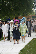Judith Strong and Susan Roberts, Royal Ascot Race Meeting. Wednesday 21 June 2006. ONE TIME USE ONLY - DO NOT ARCHIVE  © Copyright Photograph by Dafydd Jones 66 Stockwell Park Rd. London SW9 0DA Tel 020 7733 0108 www.dafjones.com