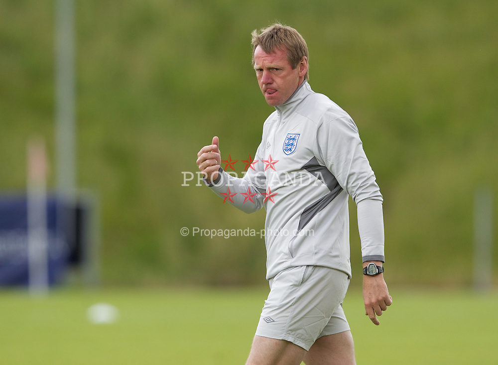 FREDERICIA, DENMARK - Tuesday, June 14, 2011: England's manager Stuart Pearce during training at the Fredericia Stadium ahead of the UEFA Under-21 Championship Denmark 2011 Group B match against Ukraine. (Photo by Vegard Grott/Propaganda)