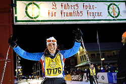 06-03-2016 SWE: Vasaloppet Challenge BvdGF day 7, Sälen<br /> Vandaag een rustig dagje, 90 km langlaufen van Sälen naar Mora in bizarre omstandigheden / Ilja komt over de finish