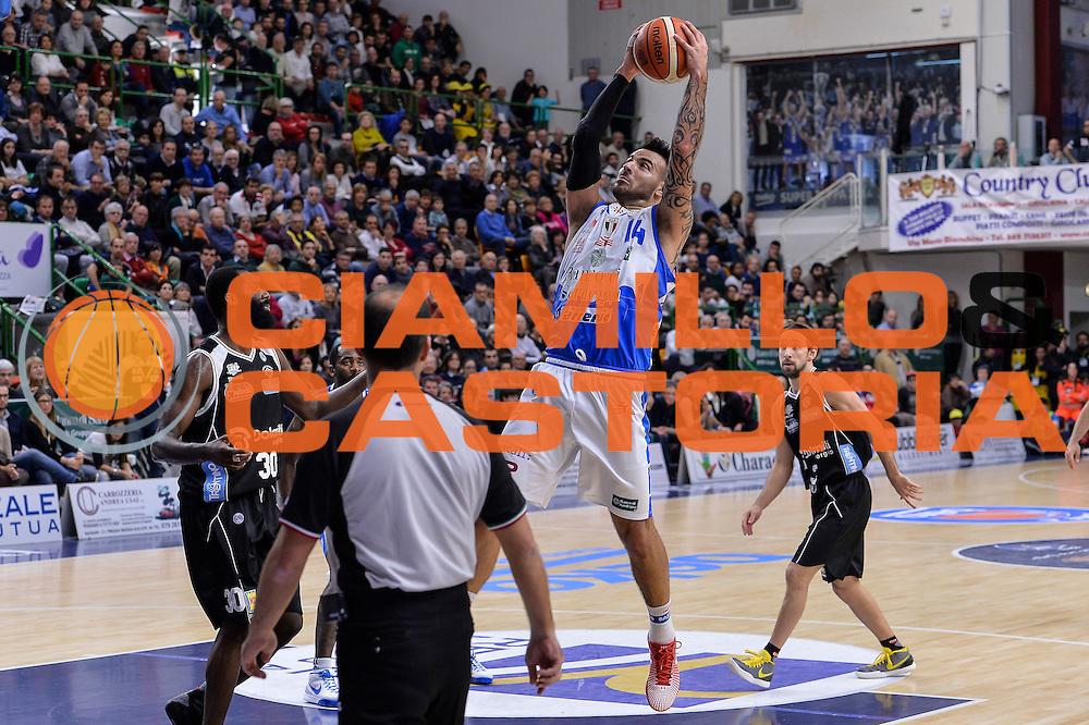 DESCRIZIONE : Campionato 2015/16 Serie A Beko Dinamo Banco di Sardegna Sassari - Dolomiti Energia Trento<br /> GIOCATORE : Brian Sacchetti<br /> CATEGORIA : Rimbalzo<br /> SQUADRA : Dinamo Banco di Sardegna Sassari<br /> EVENTO : LegaBasket Serie A Beko 2015/2016<br /> GARA : Dinamo Banco di Sardegna Sassari - Dolomiti Energia Trento<br /> DATA : 06/12/2015<br /> SPORT : Pallacanestro <br /> AUTORE : Agenzia Ciamillo-Castoria/L.Canu