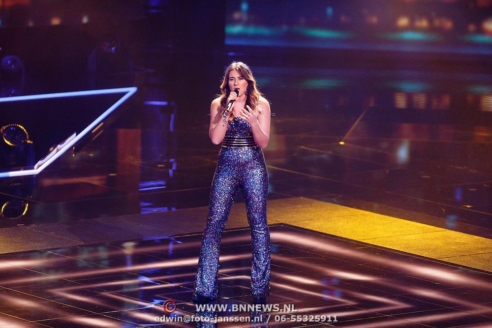 NLD/Hilversum/20151218 - The Voice of Holland 2015 - 3de liveshow, Melissa Janssen