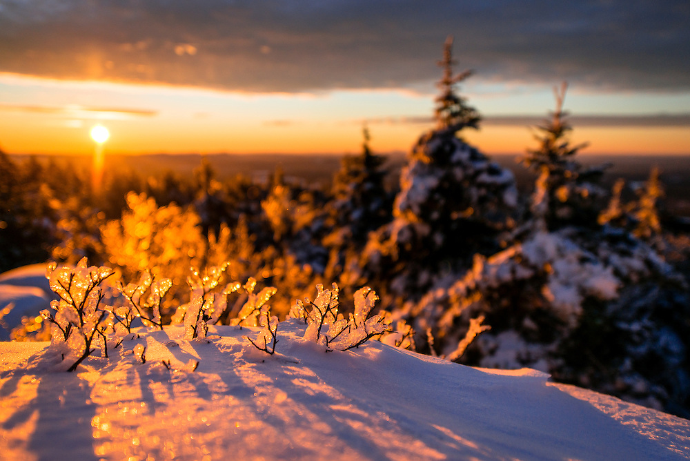Sunrise on the coldest day of the year on Mount Monadnock