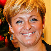NLD/Amsterdam/20101128 - Modeshow en verkoop Artbags t.b.v het Aidsfonds in de Bijenkorf, Caroline Tensen