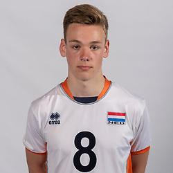 07-06-2016 NED: Jeugd Oranje jongens <1999, Arnhem<br /> Photoshoot met de jongens uit jeugd Oranje die na 1 januari 1999 geboren zijn / Jordi van Andel LIB