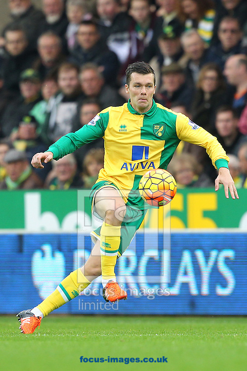 Jonny Howson of Norwich in action during the Barclays Premier League match at Carrow Road, Norwich<br /> Picture by Paul Chesterton/Focus Images Ltd +44 7904 640267<br /> 24/10/2015