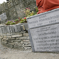 Local poet Eddie Stack says a few words before unveiling the statue of Brian Merriman in Ennistymon on Wednesday evening.<br /> <br /> Photograph by Yvonne Vaughan.