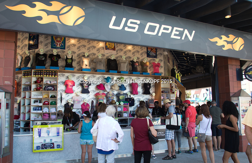 US Open Feature,Souvenirshop auf der Anlage,<br /> <br /> Tennis - US Open 2015 - Grand Slam ITF / ATP / WTA -  Flushing Meadows - New York - New York - USA  - 6 September 2015.
