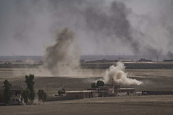 October 21, 2016 - Nineveh Governorate, Iraq - Isis mortar fire near Khorsabad. (Credit Image: © Bertalan Feher via ZUMA Wire)