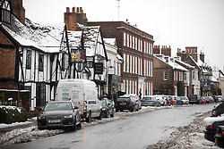 © Licensed to London News Pictures. 11/12/2017. Amersham, UK. A general view of snow in Amersham. Yesterday parts of the south east of England experienced heavy snow, with the home counties experiencing some of the worst conditions. Photo credit : Tom Nicholson/LNP