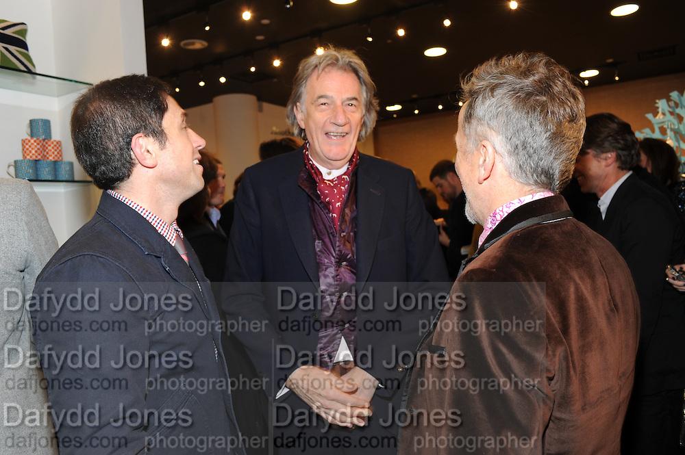 JONATHAN ADLER; SIR PAUL SMITH; SIMON DOONAN;, Jonathan Adler Store opening. Sloane St. London. 16 November 2011. <br /> <br />  , -DO NOT ARCHIVE-© Copyright Photograph by Dafydd Jones. 248 Clapham Rd. London SW9 0PZ. Tel 0207 820 0771. www.dafjones.com.