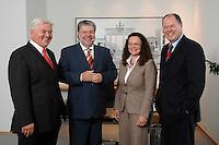 21 MAY 2007, BERLIN/GERMANY:<br /> Frank-Walter Steinmeier, SPD, Bundesaussenminister, Kurt Beck, SPD Parteivorsitzender, Andrea Nahles, MdB, SPD, Vorsitzende des Forums Demokratische Linke 21, Peer Steinbrueck, SPD, Bundesfinanzminister, (v.L.n.R.), vor einem gemeinsamen Gespraech, vor der Vorstellung der drei Kandidaten fuer den Posten des Stellvertretenden Parteivorsitzenden in den SPD-Gremien durch Beck, Buero des Parteivorsitzenden, Willy-Brandt-Haus<br /> IMAGE: 20070521-01-009<br /> KEYWORDS: Peer Steinbrück, Stellvertreter, Gruppe, Gruppenfoto, Gruppenbild, Gespräch